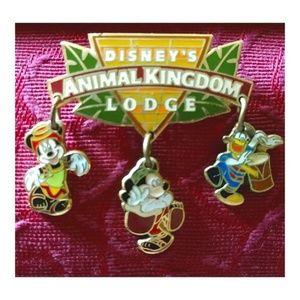 🦒Disney's Animal Kingdom Lodge Pin Brooch